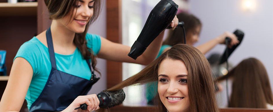 Do you have a salon at your hotel?